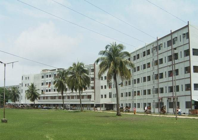 Chittagong Medical College Intro Image