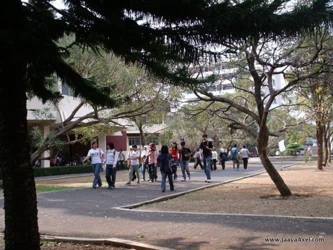 Institut Teknologi Bandung Students