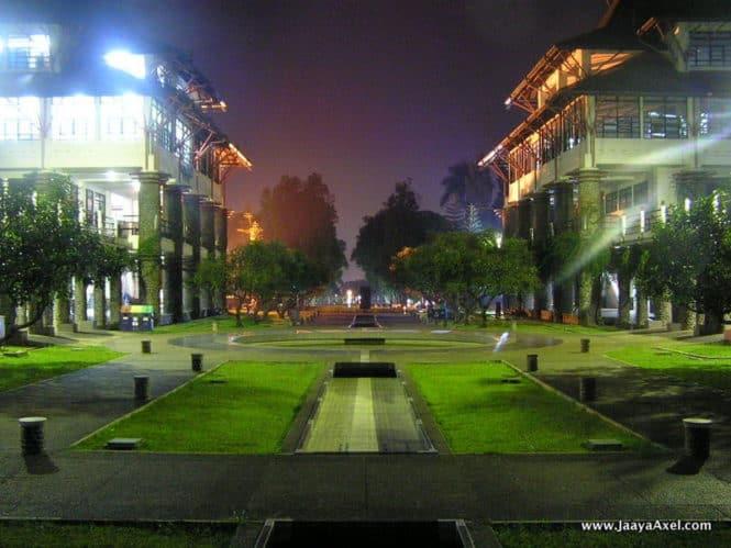 Institut Teknologi Bandung Night View