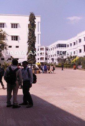 Meenakshi Ammal Dental College Intro Image