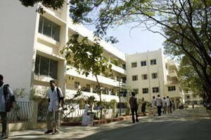 Meenakshi Ammal Dental College1